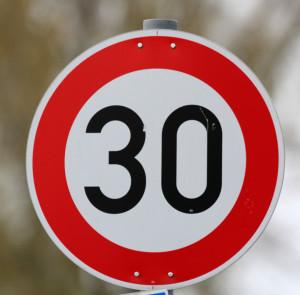 verkehrszeichen-tempo30
